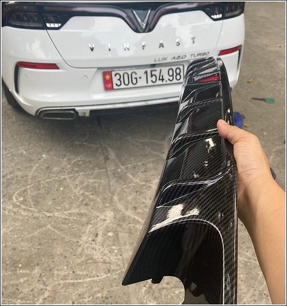 Hình ảnh thực tế Lippo Carbon trước khi lắp đặt trên xe