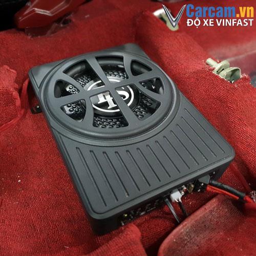 Vị trí lắp loa sub dls acw10 cho xe Vinfast